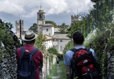 """""""Cammini e percorsi del Touring Club Italiano""""  Il Sentiero del Viandante"""
