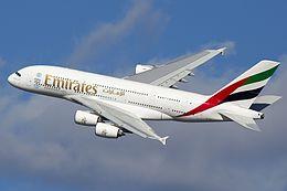 Emirates Airline punta su Venezia e Milano dopo che la sospensione dei voli in India mette in crisi la compagnia